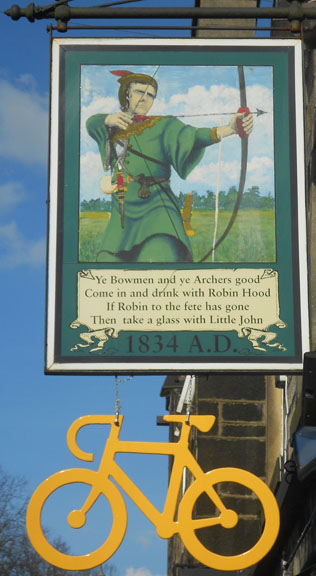 John Adamson - Wood Sculptor: Robin Hood05